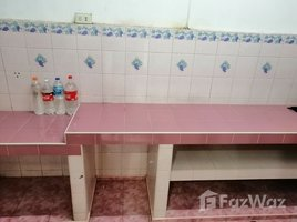 2 Bedrooms Townhouse for rent in Bang Kraso, Nonthaburi Tawana Village