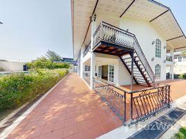 8 ห้องนอน วิลล่า ขาย ใน หนองแก, หัวหิน 8 BR Hua Hin Vacation Villa near Khao Takieb Beach.