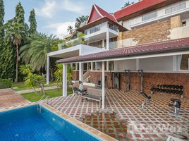 4 Bedrooms Villa for sale in Ang Thong, Koh Samui Large and Spacious Balinese Style Villa near to Nathon Beach