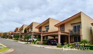 3 Habitaciones Propiedad en venta en , Heredia