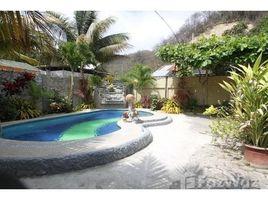 3 Habitaciones Casa en venta en San Vicente, Manabi San Vicente Waterfront Oasis: A stunning waterfront oasis with tropical gardens, swimming pool, gues, San Vicente, Manabí