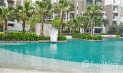 Photos 2 of the Communal Pool at Belle Grand Rama 9