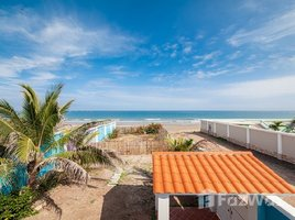 Manabi Crucita Absolute Beach Front House With Extra Land in Portoviejo 2 卧室 屋 售