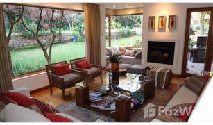 6 Bedrooms Property for sale in Santiago, Santiago Lo Barnechea