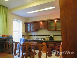Studio Townhouse for rent in Stueng Mean Chey, Phnom Penh Linked house for rent.