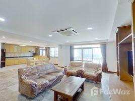 3 Bedrooms Condo for rent in Khlong Tan Nuea, Bangkok Royal Castle