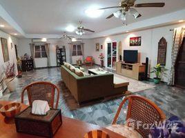 8 Bedrooms Villa for sale in Huai Yai, Pattaya The Executive Residence in Na Jomtien