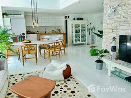 3 Bedrooms Penthouse for sale in Khlong Tan, Bangkok Serene Place Sukhumvit 24