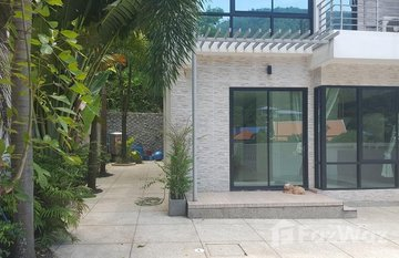 Green Hills Villa in Kathu, Phuket