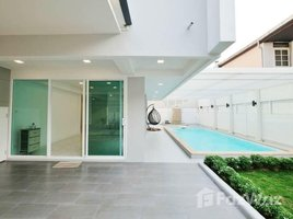 3 Bedrooms House for sale in Phra Khanong Nuea, Bangkok Great Fully Renovated House for Sale in Pridi