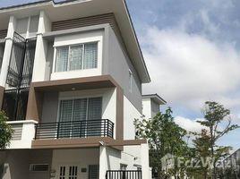 Дом, 3 спальни в аренду в Nirouth, Пном Пен Family Sized 3 Bedroom Townhouse on National Road 1 | Phnom Penh