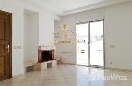 3 bedroom شقة for sale at A vendre sur bourgogne cote clinique badr appart de 3 chambres salon in الدار البيضاء الكبرى, المغرب