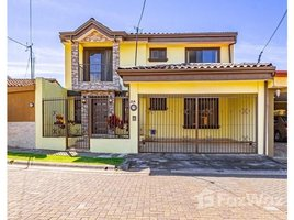 Heredia House For Sale in San Joaquín, San Joaquín, Heredia 4 卧室 屋 售