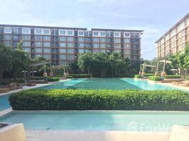 2 Bedrooms Condo for sale in Cha-Am, Phetchaburi Baan Thew Lom