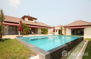 Mapraow Villa in Thap Tai, Hua Hin