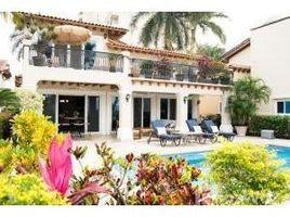 4 Habitaciones Casa en venta en , Jalisco 535 Av Paseo De La Marina Nte, Puerto Vallarta, JALISCO
