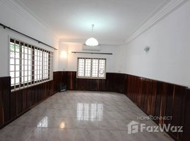 5 Bedrooms Villa for rent in Srah Chak, Phnom Penh Large Villa for Rent in Central Daun Penh | Phnom Penh