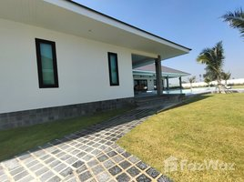 班武里府 Wang Phong Private Pool Villa Surrounded by Mountain near Khao Tao Beach 4 卧室 房产 售