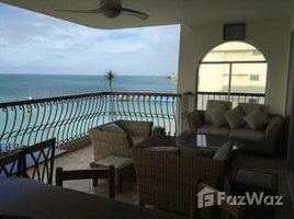 3 Habitaciones Apartamento en venta en Salinas, Santa Elena El Conquistador: Don't Miss Out On This Fabulous Ocean Front Condo