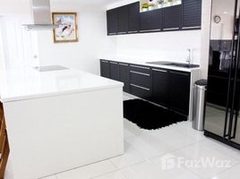 4 Bedrooms Condo for sale in Phra Khanong, Bangkok The Waterford Sukhumvit 50