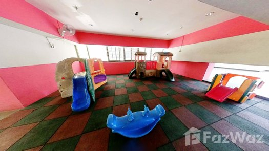 Photos 1 of the Indoor Kids Zone at Top View Tower