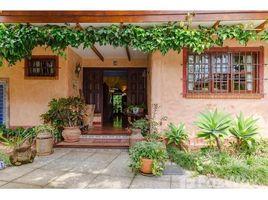 4 Habitaciones Casa en venta en , San José Lujosa Casa Estilo Colonial con apartamento independiente a la Venta: House For Sale in Guachipelín, Guachipelín, San José