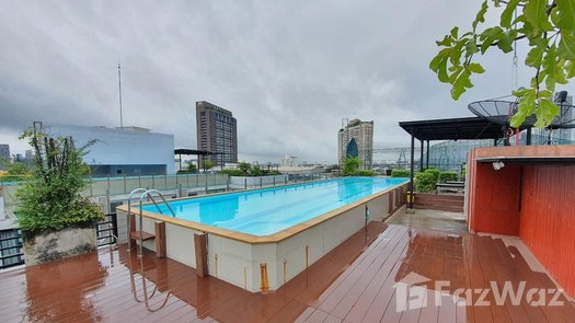Photos 1 of the Communal Pool at Zenith Place Sukhumvit 42