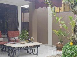 3 Habitaciones Casa en venta en , Santo Domingo House Opportunity Large Patio