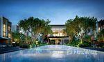 Общий бассейн at Estara Haven Pattanakarn 20
