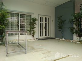 4 Bedrooms Townhouse for sale in Chhbar Ampov Ti Muoy, Phnom Penh Other-KH-76335