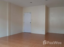2 Bedrooms Townhouse for sale in Bang Bua Thong, Nonthaburi Nunticha Village 1