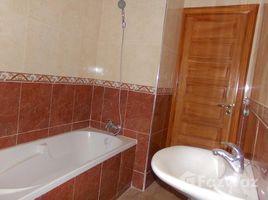 Marrakech Tensift Al Haouz Na Menara Gueliz appartement en très bon état à louer de 80 m² dans une résidence calme et sécurisée proche du lycée Victor Hugo 2 卧室 住宅 租