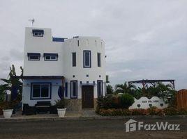 3 Habitaciones Casa en venta en Montecristi, Manabi Mirador double lot with Pool.: Gated House with Pool., Mirador San Jose, Manabí
