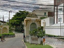 3 Bedrooms Townhouse for sale in Bang Phongphang, Bangkok Baan Klang Krung Grande Vienna Rama 3
