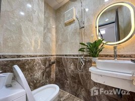 Дом, 4 спальни на продажу в Quan Hoa, Ханой 4 Bedroom Townhouse in Cau Giay for Sale
