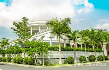 The Grand in Stueng Mean Chey, Phnom Penh
