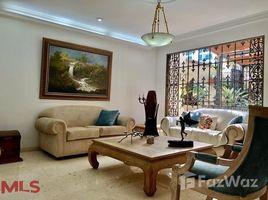 4 Habitaciones Casa en venta en , Antioquia AVENUE 30 # 16B 61, Medell�n Poblado, Antioqu�a