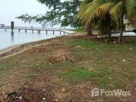 N/A Land for sale in , Bay Islands Beachfront Land in Sandy Bay