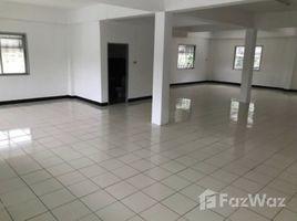 罗勇府 Pluak Daeng 4 Bedroom Townhouse for Sale in Pluak Daeng 4 卧室 别墅 售