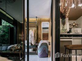 1 Bedroom Property for sale in Talat Phlu, Bangkok Life Sathorn Sierra