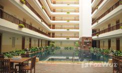 Photos 2 of the Communal Pool at Supalai Oriental Place Sathorn-Suanplu