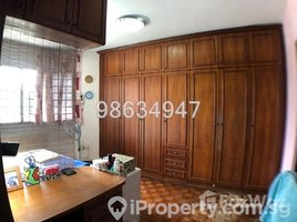 3 Bedrooms Apartment for sale in Yuhua, West region Jurong East Street 13