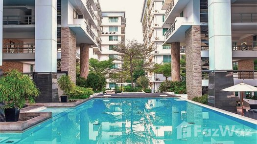 3D Walkthrough of the Communal Pool at The Waterford Sukhumvit 50