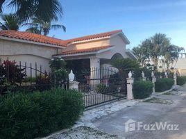 7 Habitaciones Villa en venta en , La Altagracia Beautiful and Spacious House For Sale
