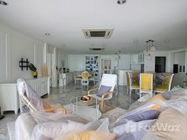 4 Bedrooms Condo for rent in Na Kluea, Chon Buri Silver Beach