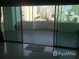 3 Bedrooms Condo for sale in Khlong Toei, Bangkok Crystal Garden