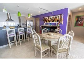 3 Habitaciones Apartamento en venta en Manta, Manabi European Builder with goreous rooftop terrace and ocean views!