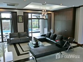 4 Bedrooms Property for sale in Dokmai, Bangkok Private Pool Villa For Sale at Chalermprakiat 30