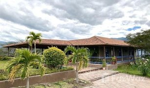 5 Habitaciones Propiedad en venta en Santa Isabel (Chaguarurco), Azuay