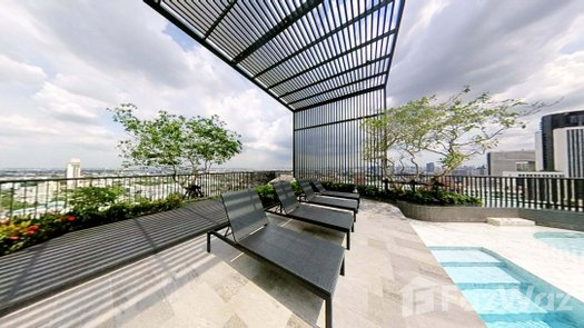 3D Walkthrough of the Communal Pool at Centric Ratchayothin